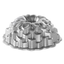 Blossom Bundt baking pan