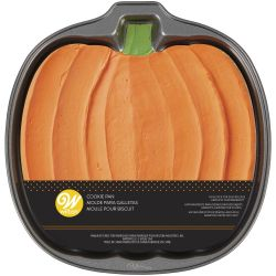 Wilton Giant Cookie Pan Pumpkin