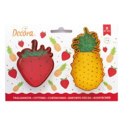 Decora Plastic Cookie Cutters Strawberry & Pineapple