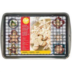 Wilton Cookie Baking Set Christmas 12/pc