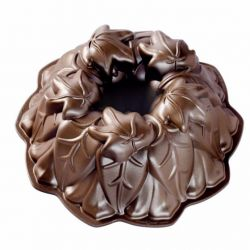 Nordic Ware Harvest Leaf Bundt Pan