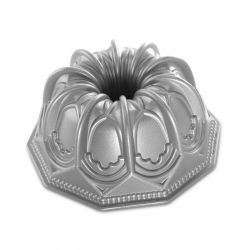 Vaulted dome bundt pan